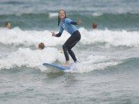 Surfeando la ola con soltura