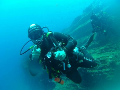 Double dive in Cabo Tiñoso with certified divers