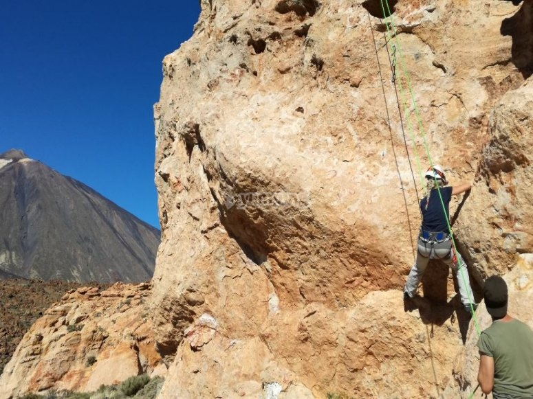 Aprendiendo a escalar en Canarias