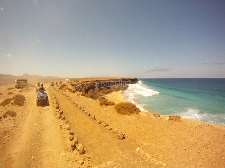 Playas de arena dorada y agua turquesa