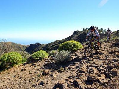 Ruta en bici de montaña por Gran Canaria de 8horas