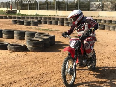 Motorbike driving course beginners in Valencia  2h