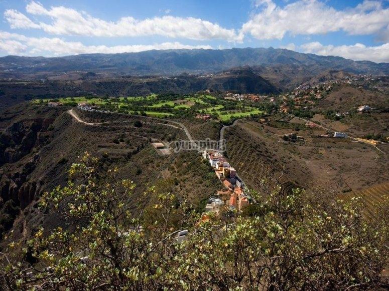 Trekking para conocer pueblos canarios