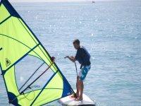 Lifting the sail