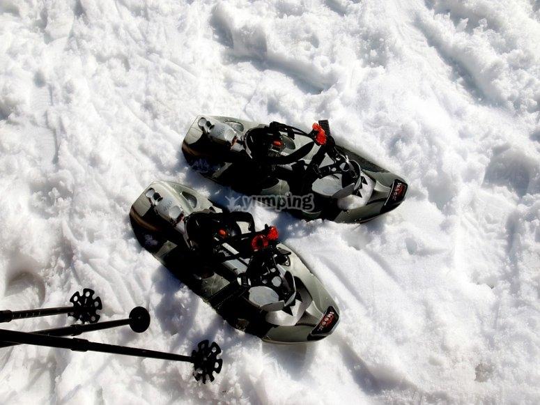 Raquetas de nieve para excursión en Sierra Nevada