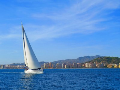 Intensive sailing course in Málaga 12 hrs