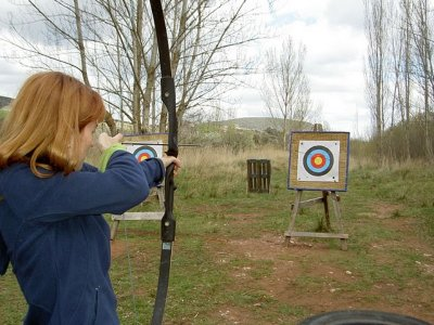 Team building of archery in Sigüenza