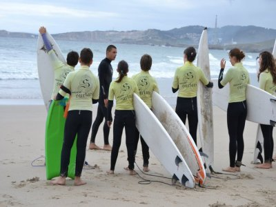 Surfari Surf Camp Campamentos de Surf