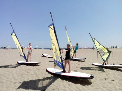 2 h Windsurfing course at Port de la Selva