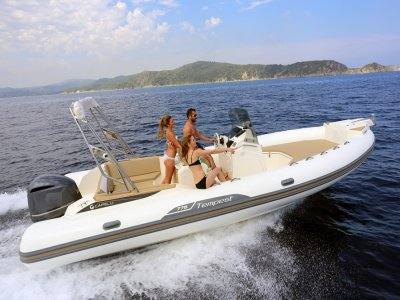 Boat rental w/ captain in Ibiza 1 day