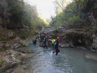 Crossing the ravine in group