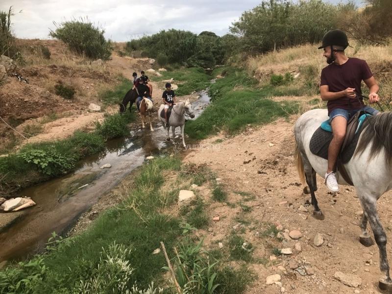 res-o-37743-rutas-a-caballo-de-yusef-15023107991080.jpg