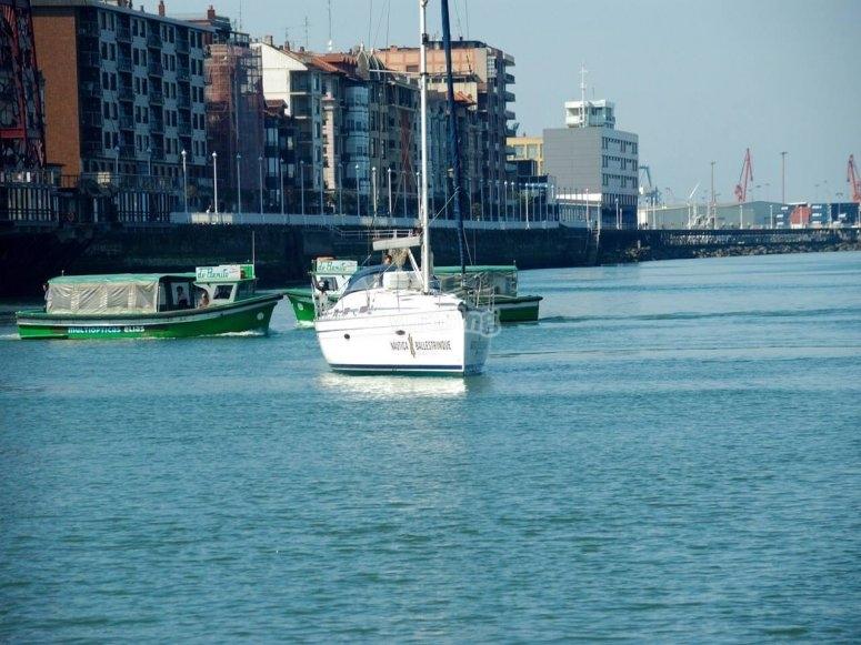 Navegando en Vizcaya