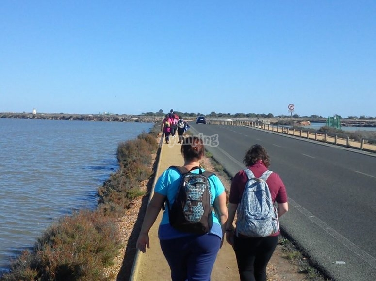 Walking next to the waters of the Mar Menor