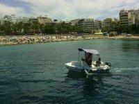 Navegando por el mar Mediterráneo