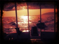 -999游船 - 我们的船空船