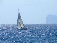 Embarcacion en el mar