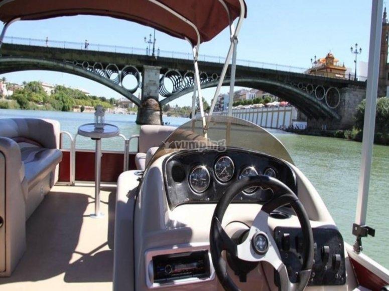 A punto de cruzar el singular puente