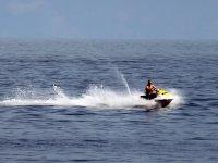 Practicando Jet Ski en Fuerteventura