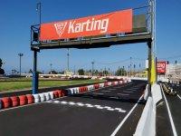 Llegada a la meta del karting