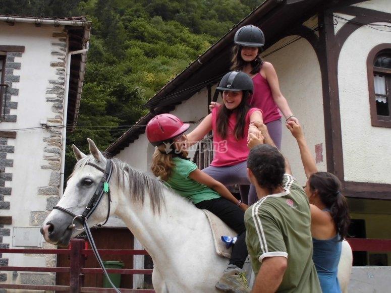 Subiendo a lomos del caballo
