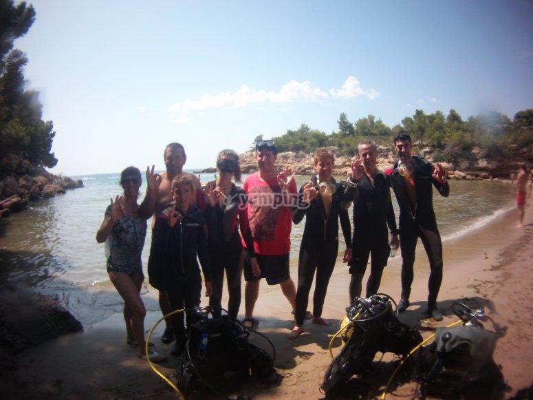 潜水的家人和朋友