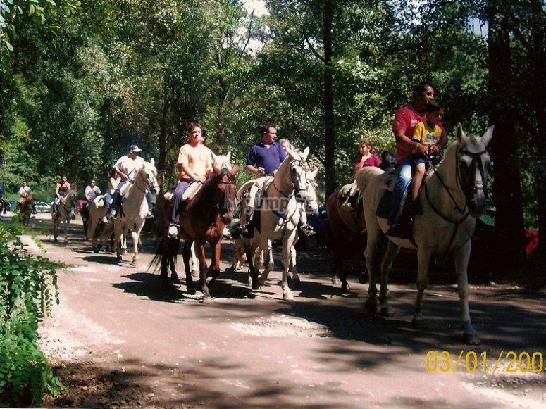 Horseback riding through the Garganta de los Infiernos