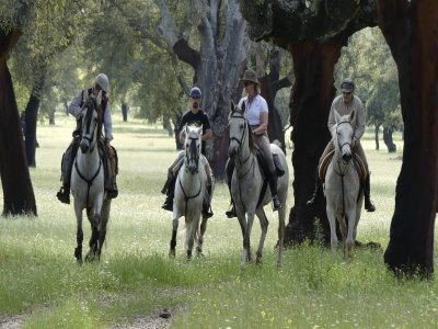 Ruta a caballo 2 horas Garganta de los Infiernos