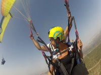 Looking at the other paraglider
