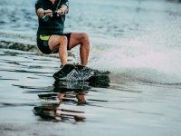 Noleggio wakeboard a Gijón per 1 ora