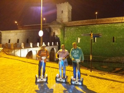 Tour nocturno en segway por Montjuic 2h 30 min
