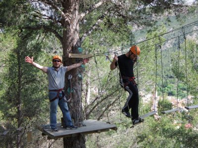 Adventure park in Castellon with zip-line