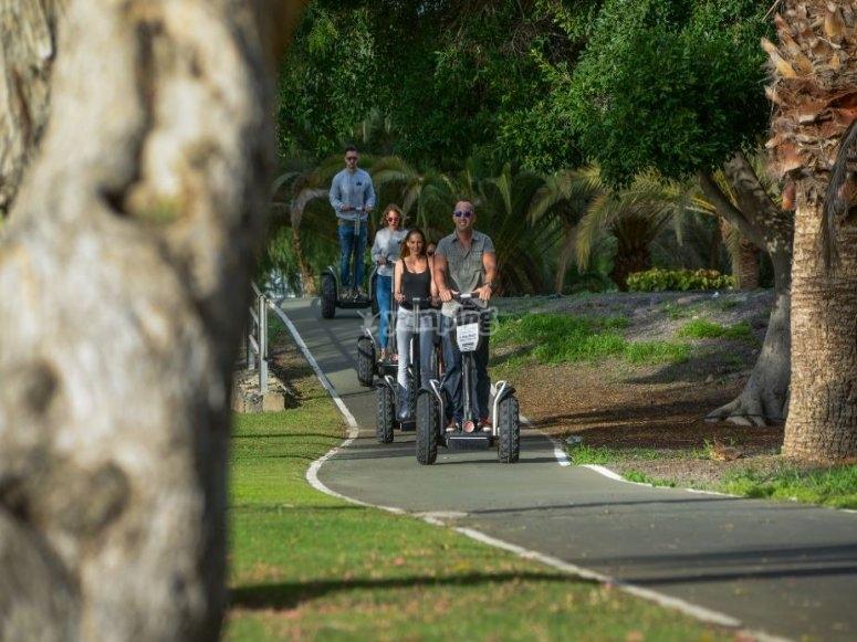En el parque por el carril bici