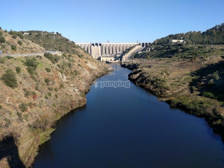 Salidas desde la presa de Alcantara