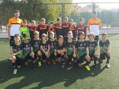 足球为儿童在Moratalaz 4周