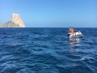 Tour en moto acuática biplaza por Benidorm 30min