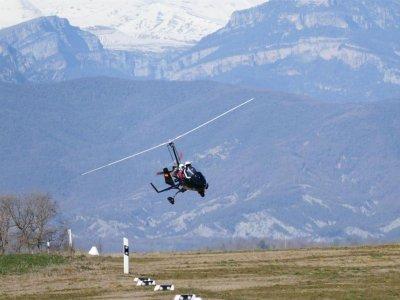1 ora di volo in girocottero ad Aínsa