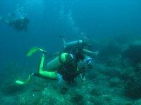 Con attrezzatura subacquea