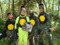 El feliz equipo amarillo
