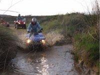 Entrando en el charco con el quad