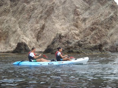 Ruta de iniciación al kayak en Almería de 3 horas