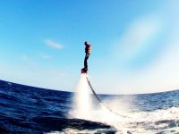 Staying straight on the flight of flyboard