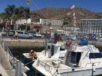 preparando el barco para zarpar