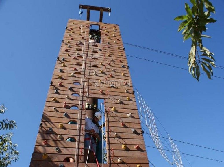 Deportes de aventura como escalada