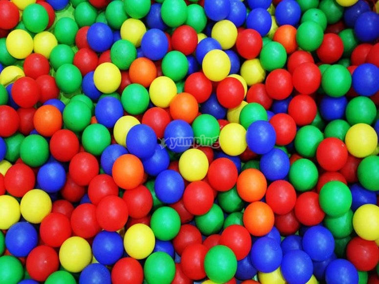 Piscinas de bolas para jugar