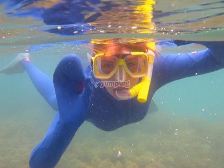 Deportes acuáticos como el buceo