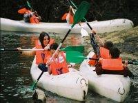 Disfrutando de las canoas