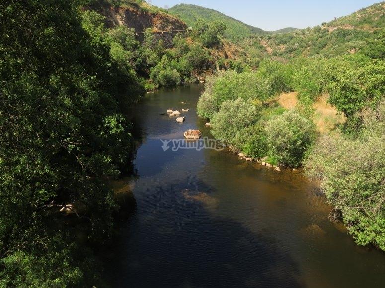 Aguas del rio Alagon