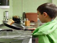 Piccoli chef nel laboratorio di cucina