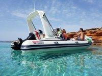 Alquiler de lancha semirrígida en Formentera 1 día